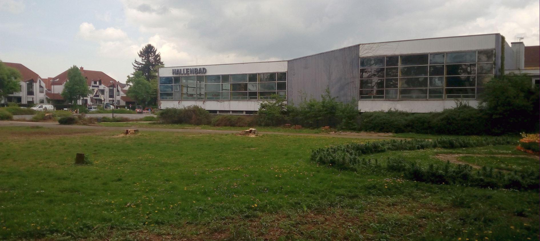 Hallenbad im April 2018