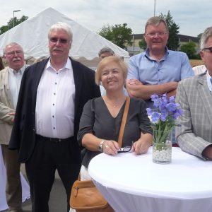 Isil Yönter, stellvertretende SPD Vorsitzende, Bürgermeisterkandidat Rainer Fich und Stadtrat Udo Landgrebe