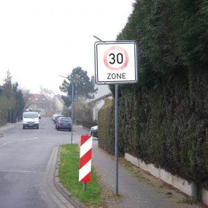 Tempo 30 Zone Raiffeisentraße in Bad Vilbel-Dortelweil