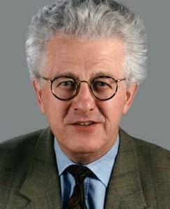Portrait von Karsten D. Voigt
